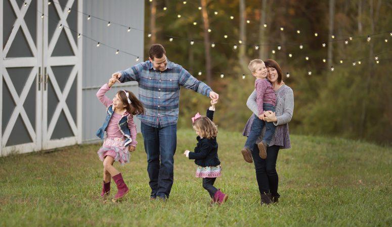C Family | Very Merry Minis | Greensboro, NC Photographer | Patty K Photography