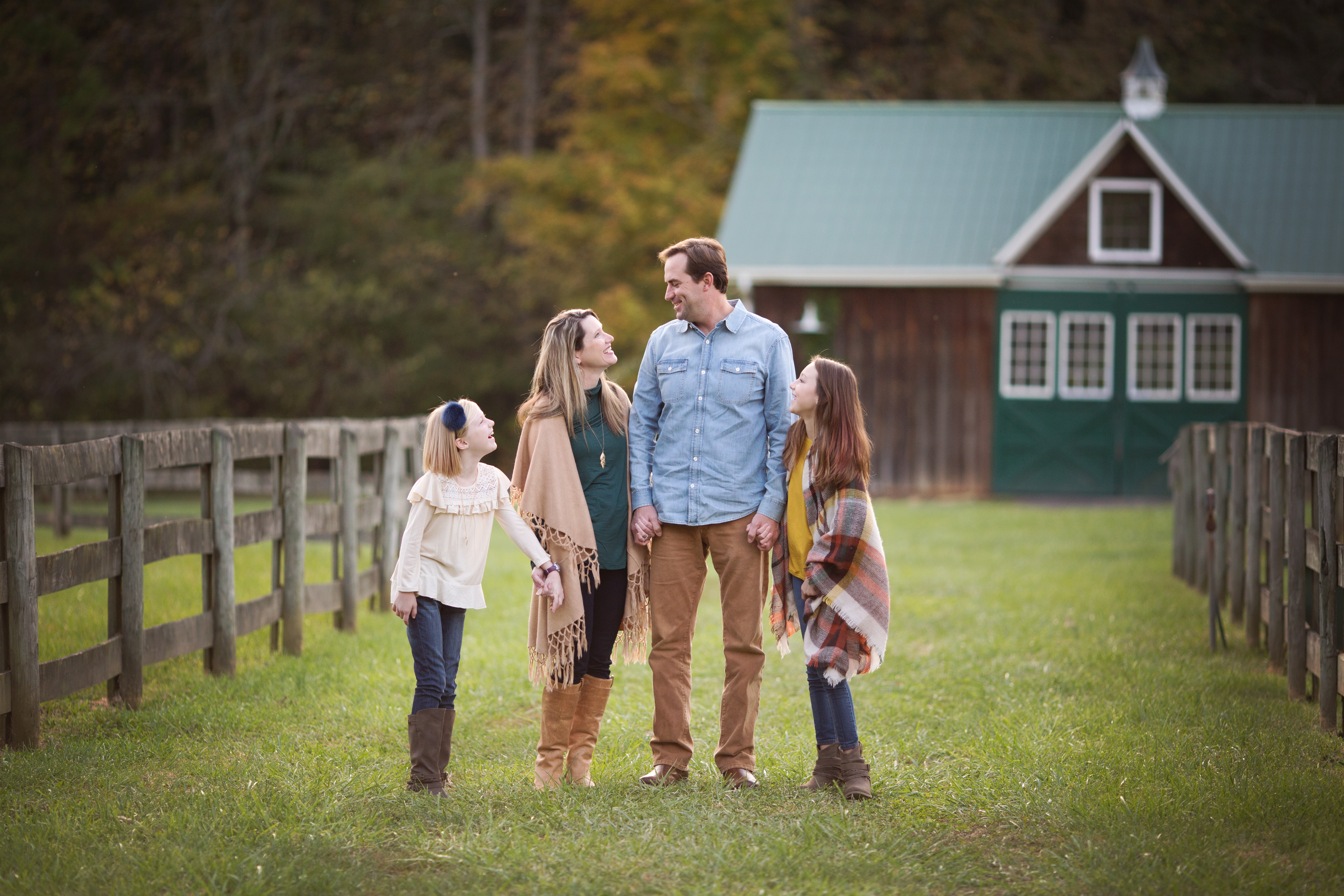 More Fun at the Barn | Very Merry Minis | Winston Salem NC Photographer