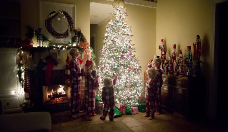 A Nutcracker Tree | Night Before Christmas | Greensboro NC Photographer