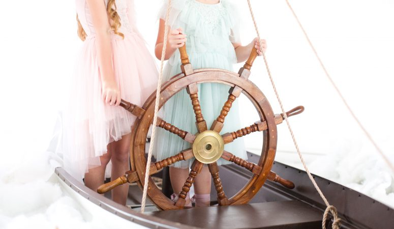 Sail away | GREENSBORO NC CHILD PHOTOGRAPHER | IMAGINATION SESSION