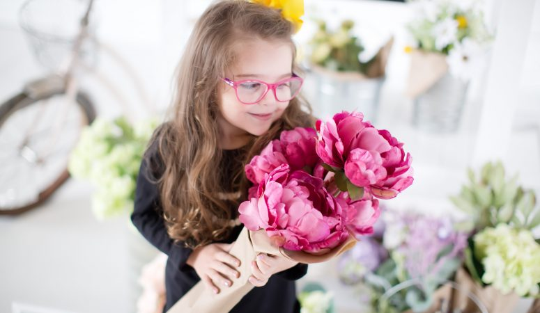 Birthdays & Flowers | Greensboro NC Child Photographer