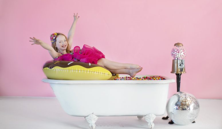 BUBBLEGUM BATHTUB | IMAGINATION MINIS | GREENSBORO NC CHILD PHOTOGRAPHER